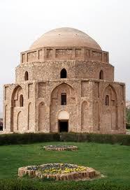کرمان، گنبد جبلیه، سنگ لاشه و ملات
