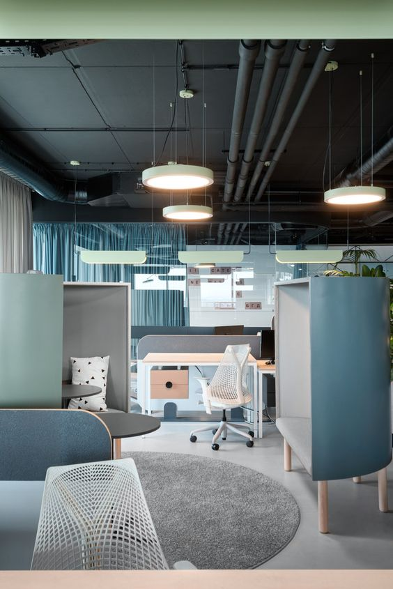 یک خانوادۀ رنگی در طراحی داخلی