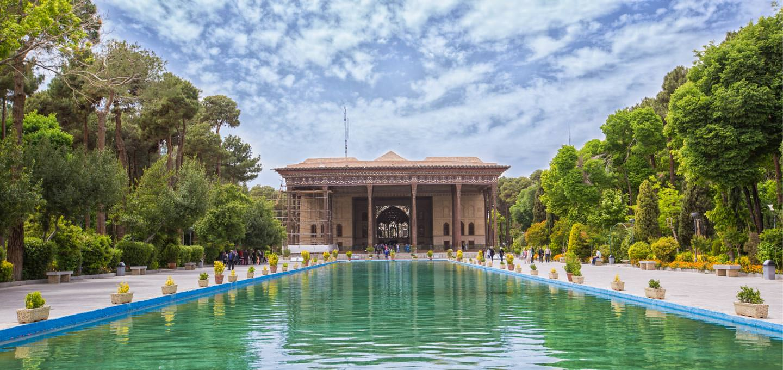 اصفهان، کاخ چهل ستون