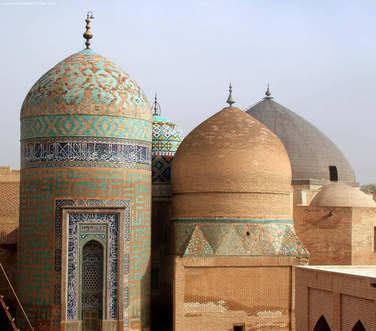 2 اردبیل، گنبد مقبره شیخ صفی الدین اردبیلی، معقلی