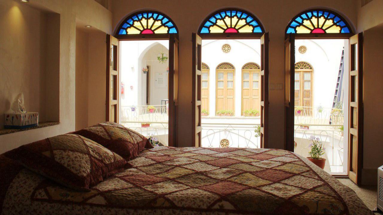 اتاق سه دری